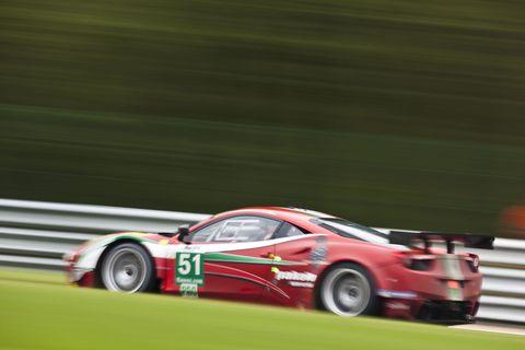 Tire, Wheel, Automotive design, Vehicle, Land vehicle, Motorsport, Race track, Sports car racing, Car, Racing,