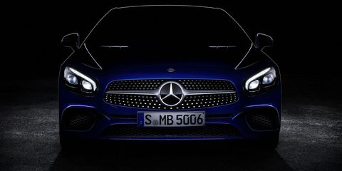 Mode of transport, Automotive design, Vehicle, Grille, Car, Land vehicle, Performance car, Hood, Personal luxury car, Mercedes-benz,