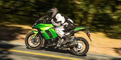 The Big Green Kawasaki Ninja 1000 ABS Is Everything A Liter Bike Should Be