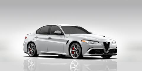 Tire, Wheel, Mode of transport, Automotive design, Vehicle, Automotive lighting, Alloy wheel, Rim, Car, Automotive tire,