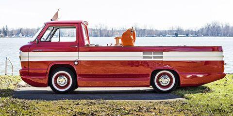 Tire, Motor vehicle, Wheel, Transport, Vehicle, Pickup truck, Rim, Commercial vehicle, Fender, Vehicle door,