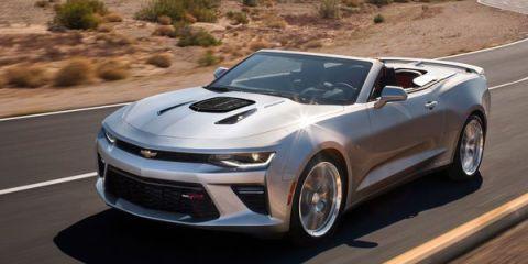 Automotive design, Vehicle, Land vehicle, Hood, Car, Automotive exterior, Headlamp, Performance car, Rim, Automotive lighting,