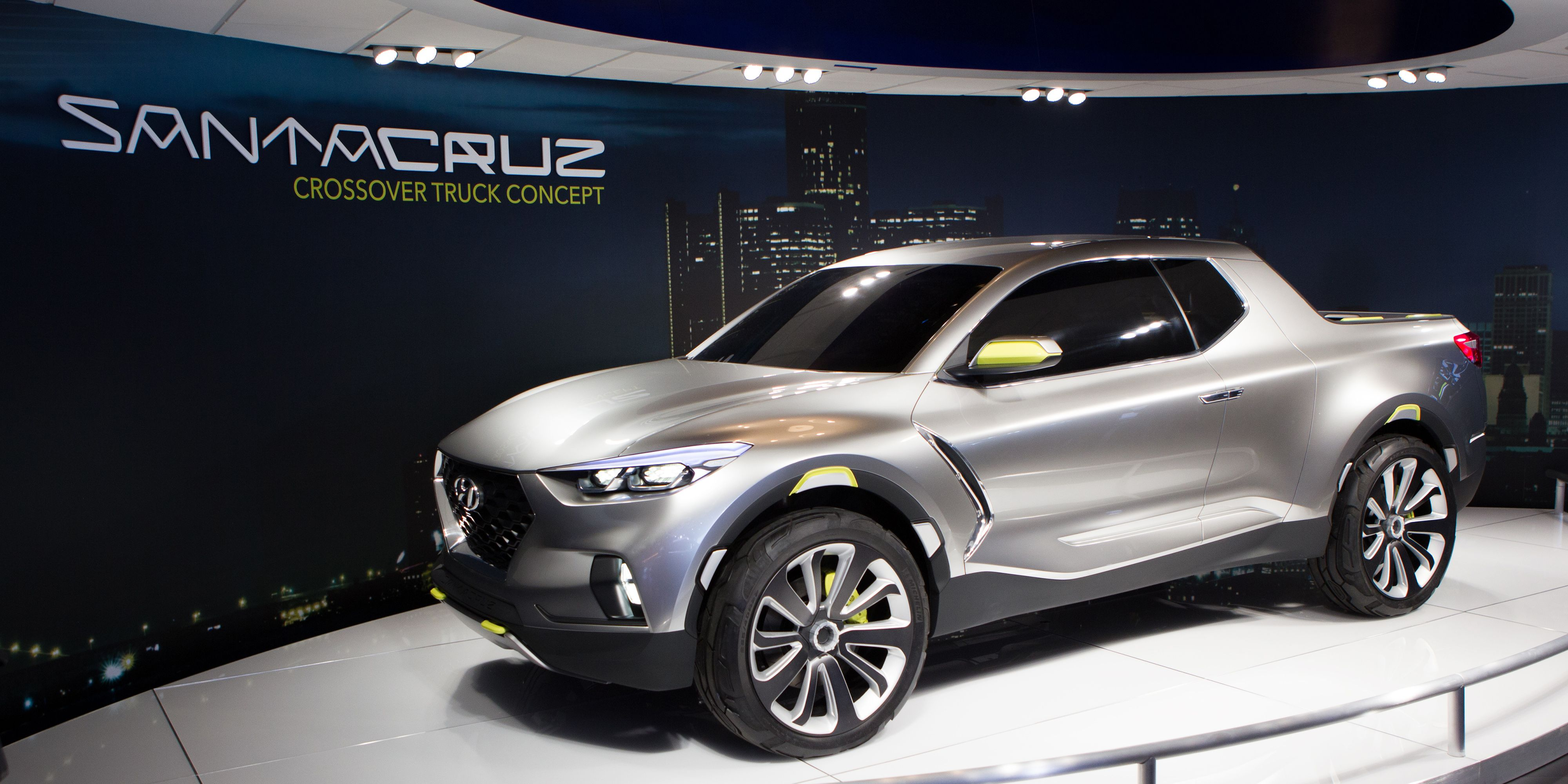 crossover officially h now cruz detroit hyundai show santa trucks concept auto official coming is truck news