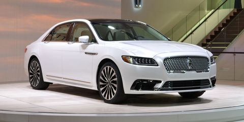 LIVE PHOTOS: 2017 Lincoln Continental