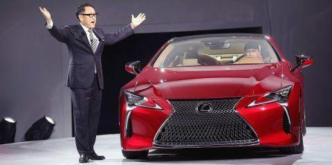 Automotive design, Event, Vehicle, Land vehicle, Car, Suit trousers, Formal wear, Personal luxury car, Concept car, Luxury vehicle,