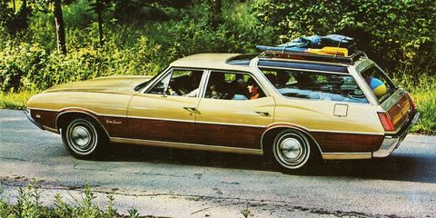 <p>The Vista Cruiser is an icon of 1970s suburban America, but did you know you could have one with a 455 V8? Yep. Oldsmobile began offering the big 7.5-liter V8 in 1970, making the ultimate family hauling sleeper.</p>