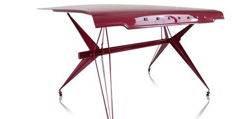 Mustang Desk