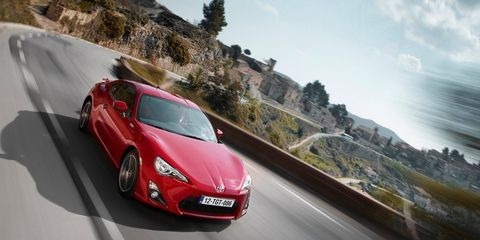 <p>The Toyota 86 / Subaru BRZ is the perfect package for the enthusiast looking for an affordable, fun sports car. Its rear-wheel-drive, has a manual transmission, and even has good looks. Despite all that, it sold worse than we had hoped&nbsp;in 2016.&nbsp;</p>