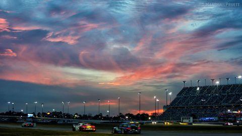 Sky, Cloud, Dusk, Street light, City, Urban area, Evening, Automotive lighting, Metropolitan area, Sunset,