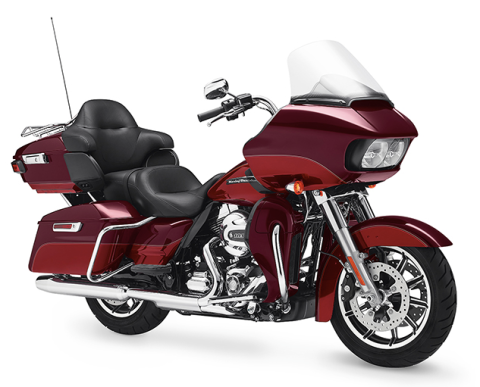 <p>The Road Glide Ultra is back for 2016 and built for H-D's most serious long-distance customers. To best handle cross-country hauls, it's powered by Harley's new air-and liquid-cooled 103-cubic inch motor featuring well-camouflaged radiators and fans. Purists needn't worry, as the classic cooling fins on the cylinders and heads are still there. Plainly visible is the new twin-headlight fairing, featuring firm's best audio/infotainment system built inside. </p>