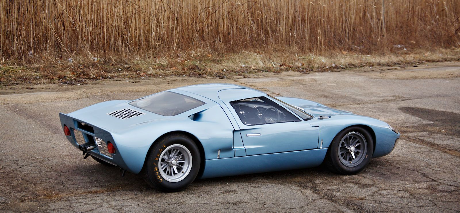 Gooding u0026 Company/Brian Henniker & This Stunning Ford GT40 Road Car Will Be Auctioned Next Month markmcfarlin.com