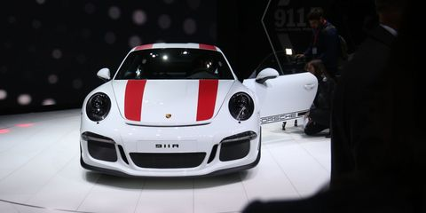 Automotive design, Vehicle, Land vehicle, Car, Performance car, Sports car, Supercar, Automotive lighting, Bumper, Personal luxury car,