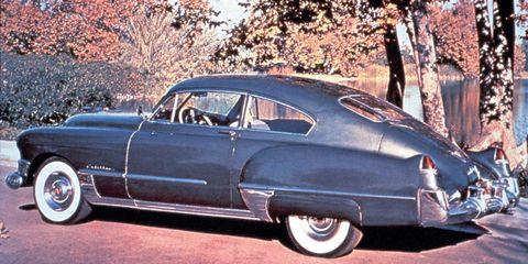 Tire, Wheel, Motor vehicle, Mode of transport, Automotive design, Vehicle, Land vehicle, Classic car, Car, Automotive tire,