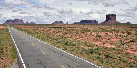 Road, Landscape, Land lot, Asphalt, Plain, Rural area, Ecoregion, Horizon, Geology, Field,