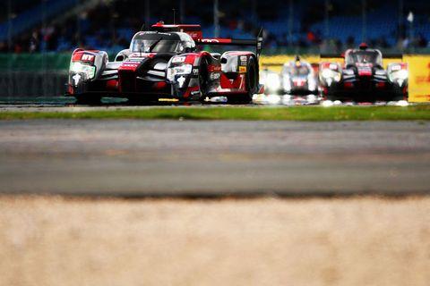 Automotive design, Vehicle, Motorsport, Land vehicle, Sports car racing, Car, Race track, Touring car racing, Race car, Racing,