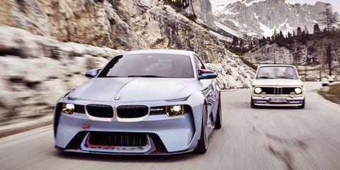 Automotive design, Vehicle, Land vehicle, Hood, Automotive lighting, Headlamp, Grille, Car, Automotive exterior, Rim,
