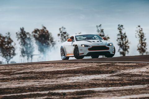 Aston Martin V12 Vantage S 2017 Review Inside The V12 Vantage S Manual