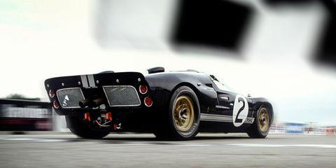 Tire, Wheel, Automotive tire, Automotive design, Vehicle, Automotive wheel system, Car, Fender, Rim, Auto part,