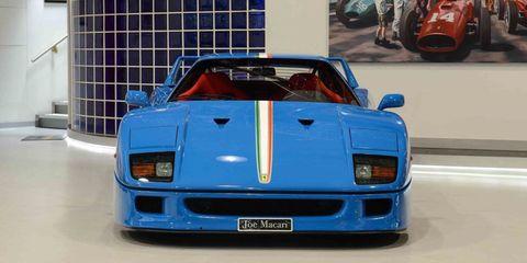 Automotive design, Vehicle, Automotive exterior, Car, Ferrari f40, Supercar, Sports car, Bumper, Electric blue, Race car,