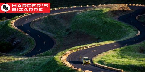Road, Nature, Mode of transport, Green, Grass, Road surface, Asphalt, Highway, Infrastructure, Automotive design,