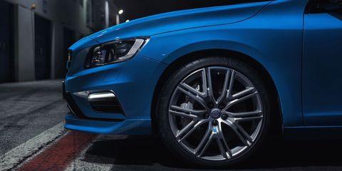 Tire, Automotive design, Blue, Vehicle, Automotive tire, Automotive lighting, Automotive exterior, Headlamp, Hood, Automotive wheel system,