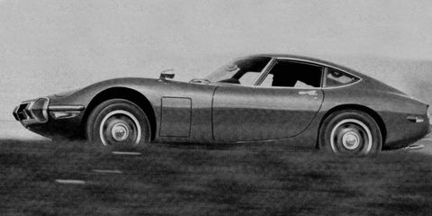 Toyota 2000GT: The Road & Track Test