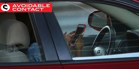 Motor vehicle, Mode of transport, Automotive design, Automotive mirror, Vehicle door, Glass, Car, Automotive exterior, Personal luxury car, Rear-view mirror,