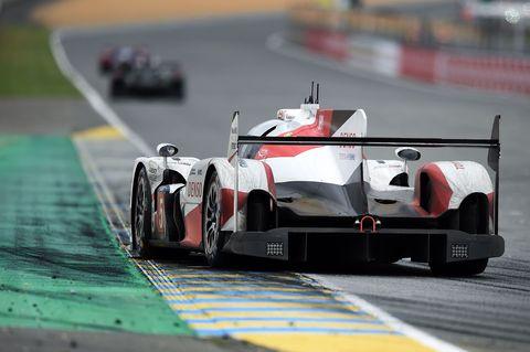 Tire, Mode of transport, Automotive design, Automotive tire, Transport, Race track, Car, Motorsport, Racing, Race car,