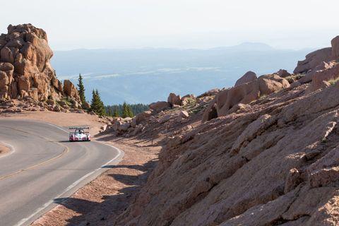 Road, Mountainous landforms, Road surface, Rock, Bedrock, Outcrop, Slope, Geology, Asphalt, Formation,