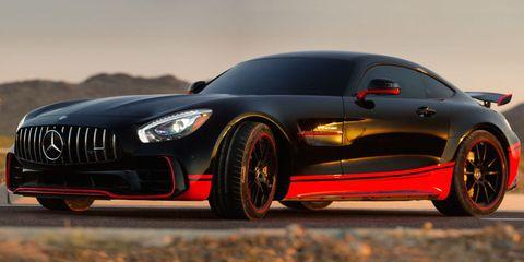 Tire, Automotive design, Vehicle, Land vehicle, Car, Automotive tire, Automotive lighting, Rim, Performance car, Alloy wheel,