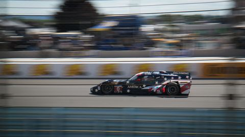 picture of deltawing at watkins glen 6 hours of the glen