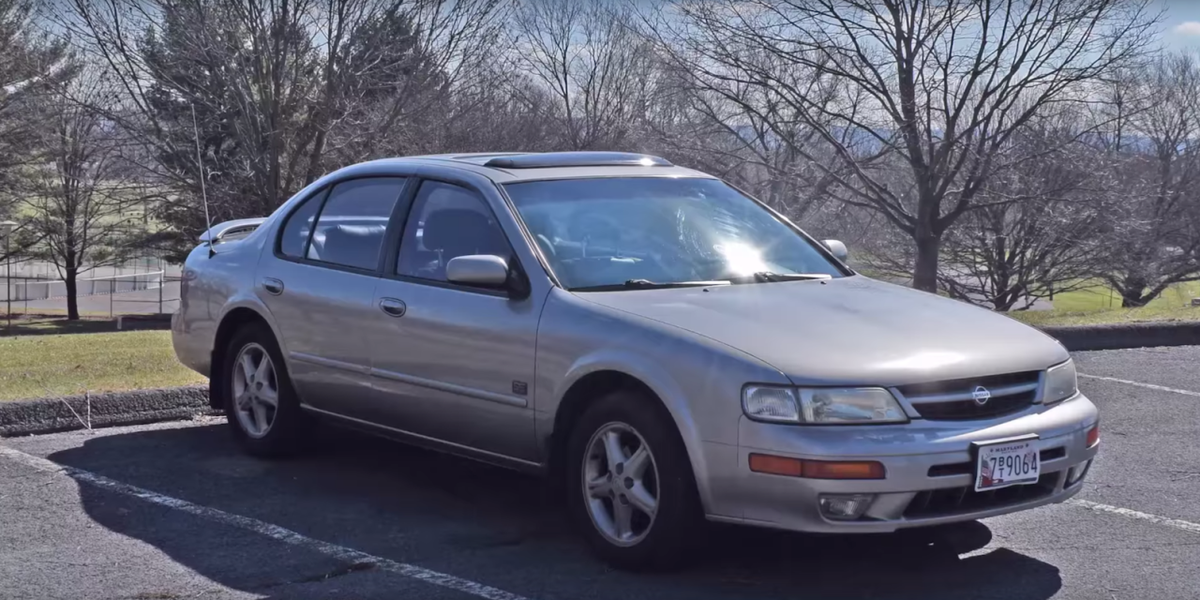 The 1999 nissan maxima is the sports sedan non gearheads for Nissan maxima motor oil type