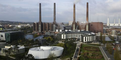 Architecture, City, Urban area, Factory, Industry, Chimney, Mixed-use, Urban design, Power station, Estate,
