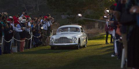 Vehicle, Land vehicle, Grille, Classic car, Car, Automotive lighting, Headlamp, Classic, Mid-size car, Antique car,