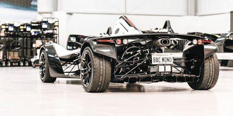 Tire, Wheel, Automotive tire, Automotive design, Open-wheel car, Vehicle, Automotive wheel system, Automotive exterior, Rim, Car,
