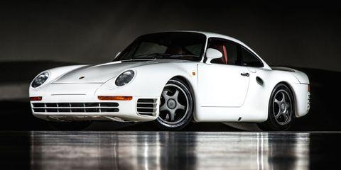 Automotive design, Vehicle, Rim, Car, Alloy wheel, Fender, Automotive lighting, Sports car, Bumper, Performance car,