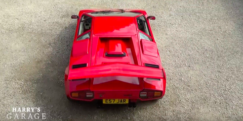 Every Trick a Master Detailer Uses to Make a Countach Better Than New