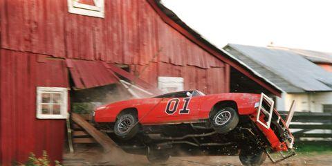 general lee crashing through barn