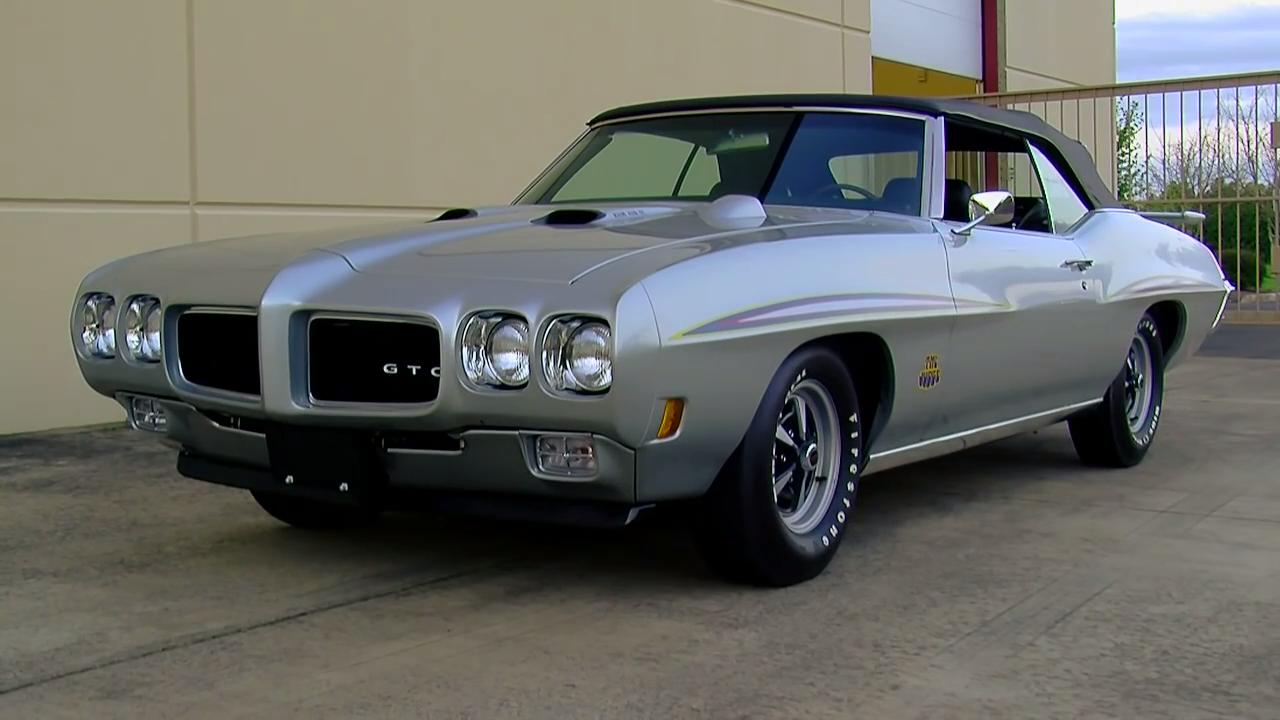 The Ten Coolest—And Rarest—Convertible Muscle Cars Ever Made