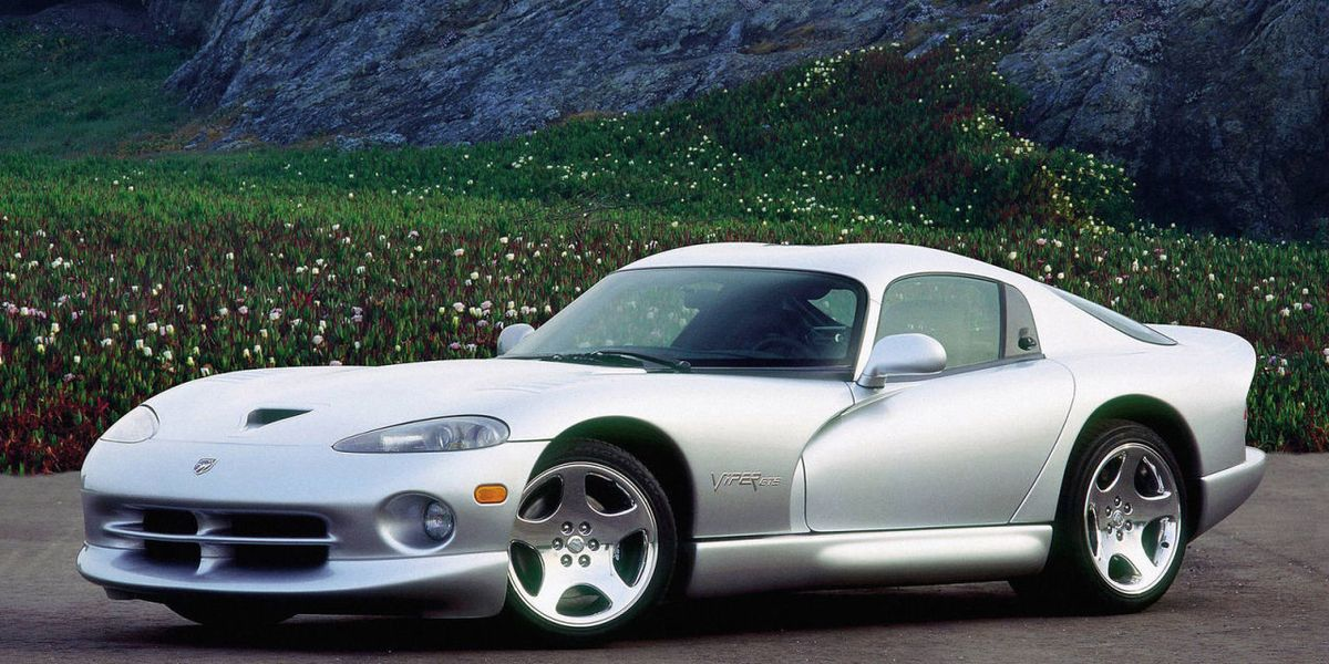 everything weird about a 1997 dodge viper gts. Black Bedroom Furniture Sets. Home Design Ideas