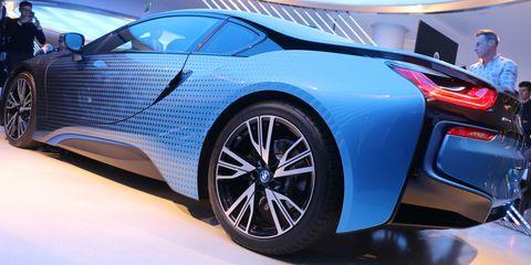 Tire, Wheel, Automotive design, Mode of transport, Vehicle, Event, Land vehicle, Rim, Car, Automotive wheel system,