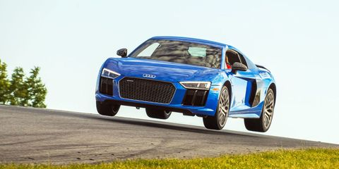 Land vehicle, Vehicle, Car, Sports car, Automotive design, Audi r8, Audi, Coupé, Supercar, Performance car,