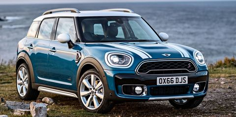 Tire, Blue, Automotive design, Vehicle, Daytime, Land vehicle, Car, Automotive exterior, Vehicle door, Vehicle registration plate,