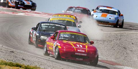 Land vehicle, Vehicle, Motorsport, Car, Automotive design, Racing, Auto racing, Sports, Race car, Competition event,