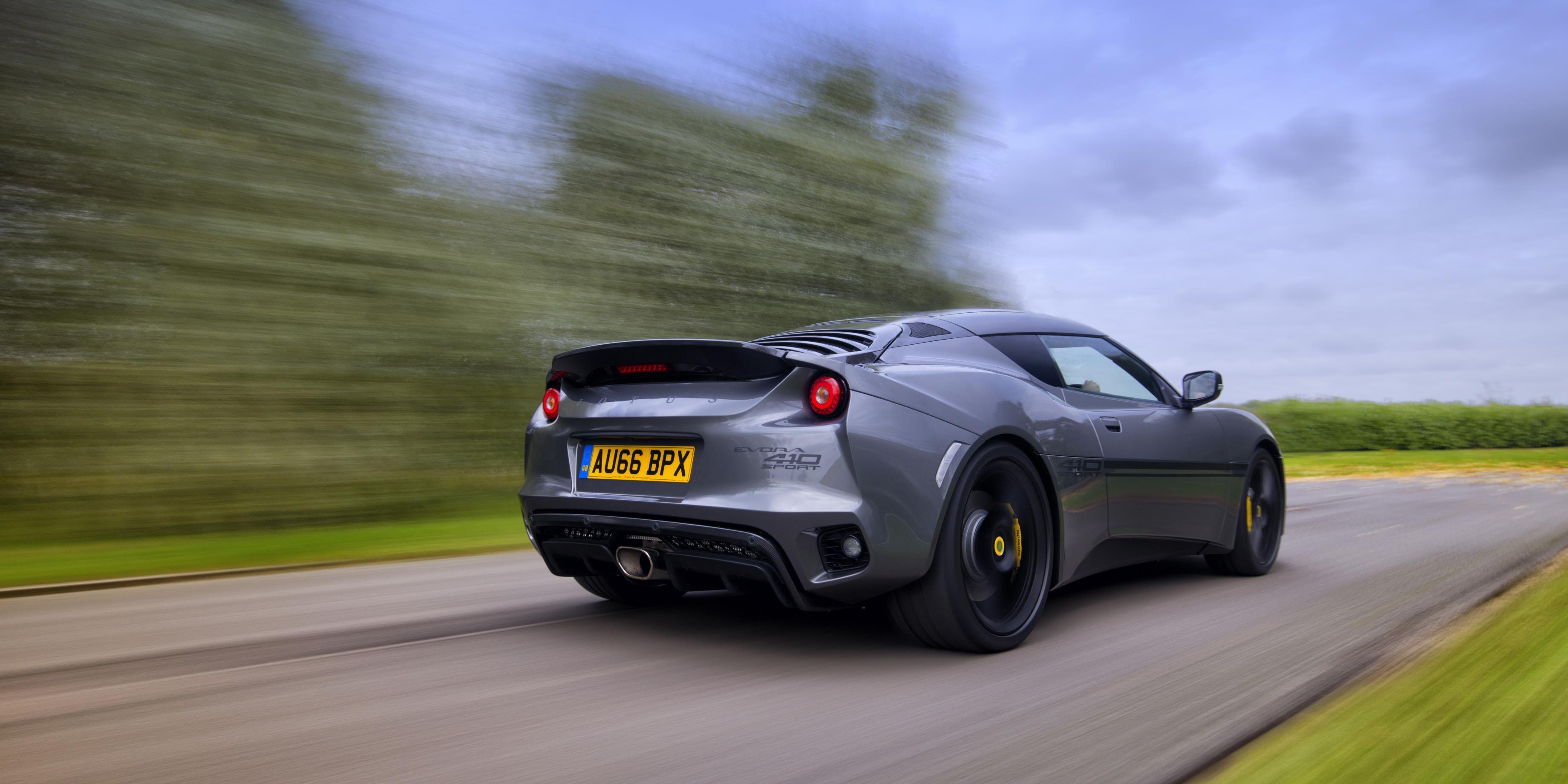 The Lotus Evora Sport 410 Is Lighter, Faster, Better, Amazinger