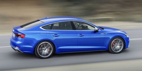 Tire, Wheel, Blue, Automotive design, Mode of transport, Vehicle, Rim, Automotive tire, Alloy wheel, Spoke,