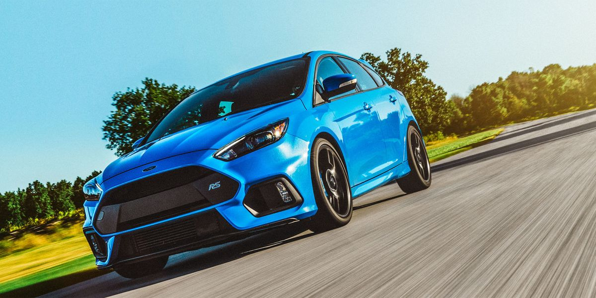 2016 Ford Focus RS Review - Focus RS Drift Mode Test