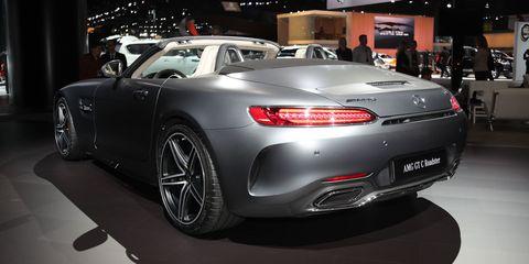 Tire, Mode of transport, Automotive design, Vehicle, Land vehicle, Vehicle registration plate, Car, Performance car, Automotive lighting, Personal luxury car,