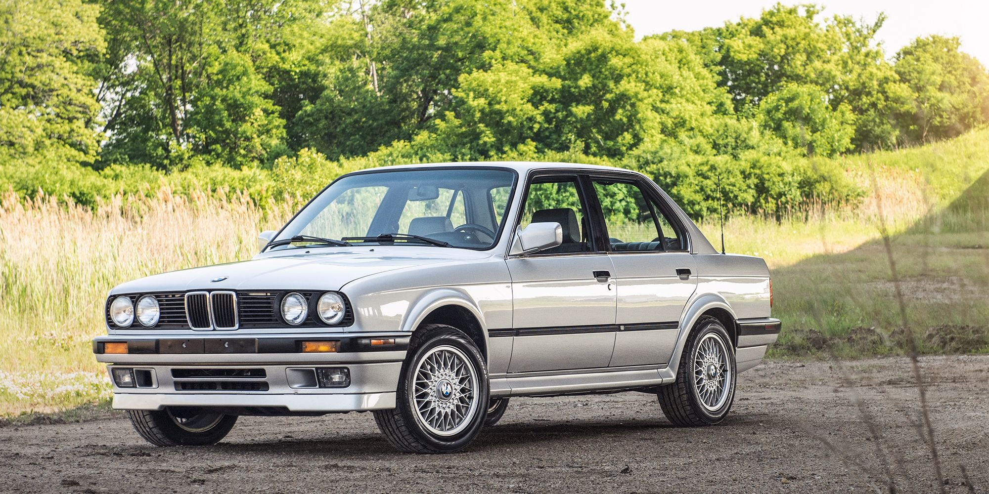 Everything You Need To Know Before Buying A Bmw E30