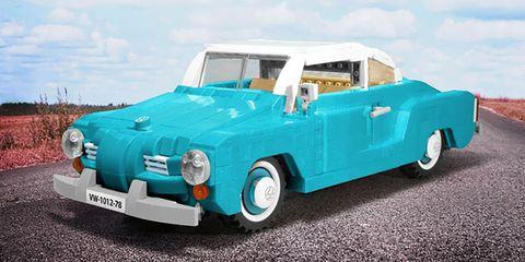 Motor vehicle, Tire, Wheel, Blue, Automotive design, Vehicle, Transport, Automotive exterior, Vehicle door, Teal,